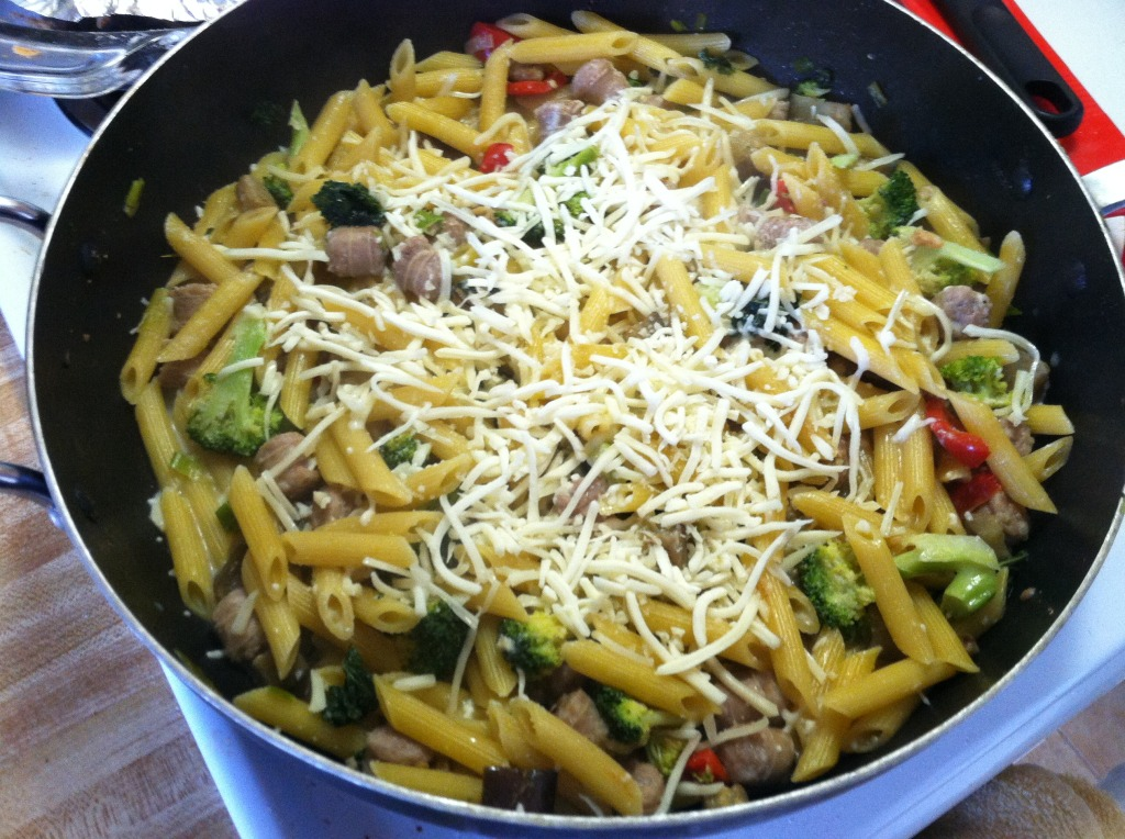 simple sausage & veggie alfredo