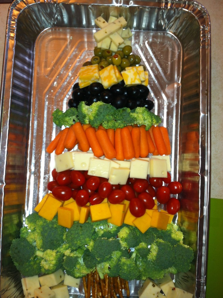 Christmas tree healthy appetizer tray