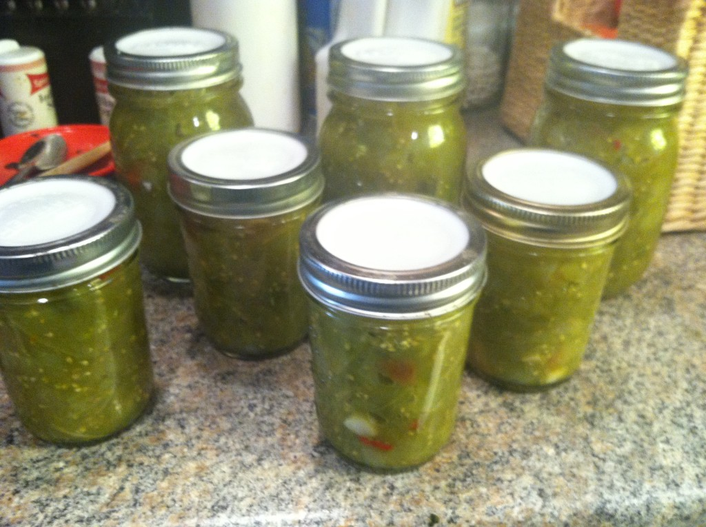 Green tomato salsa jars horizontal