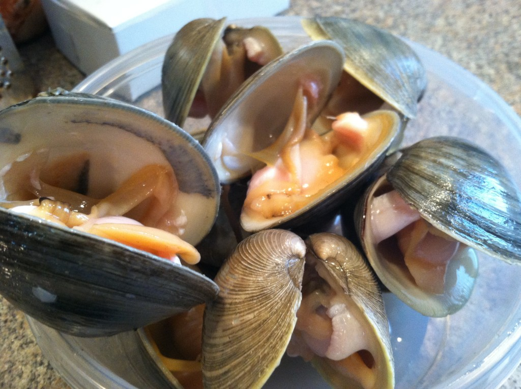 Bakers Dozen Clams