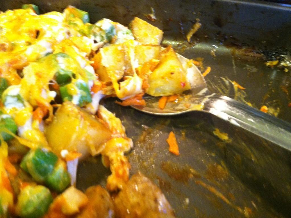 One Pan Buffalo Chicken Potato Bake