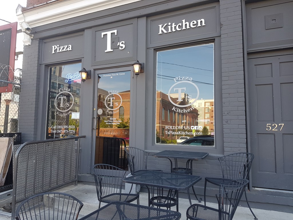 T's Pizza Kitchen Exterior