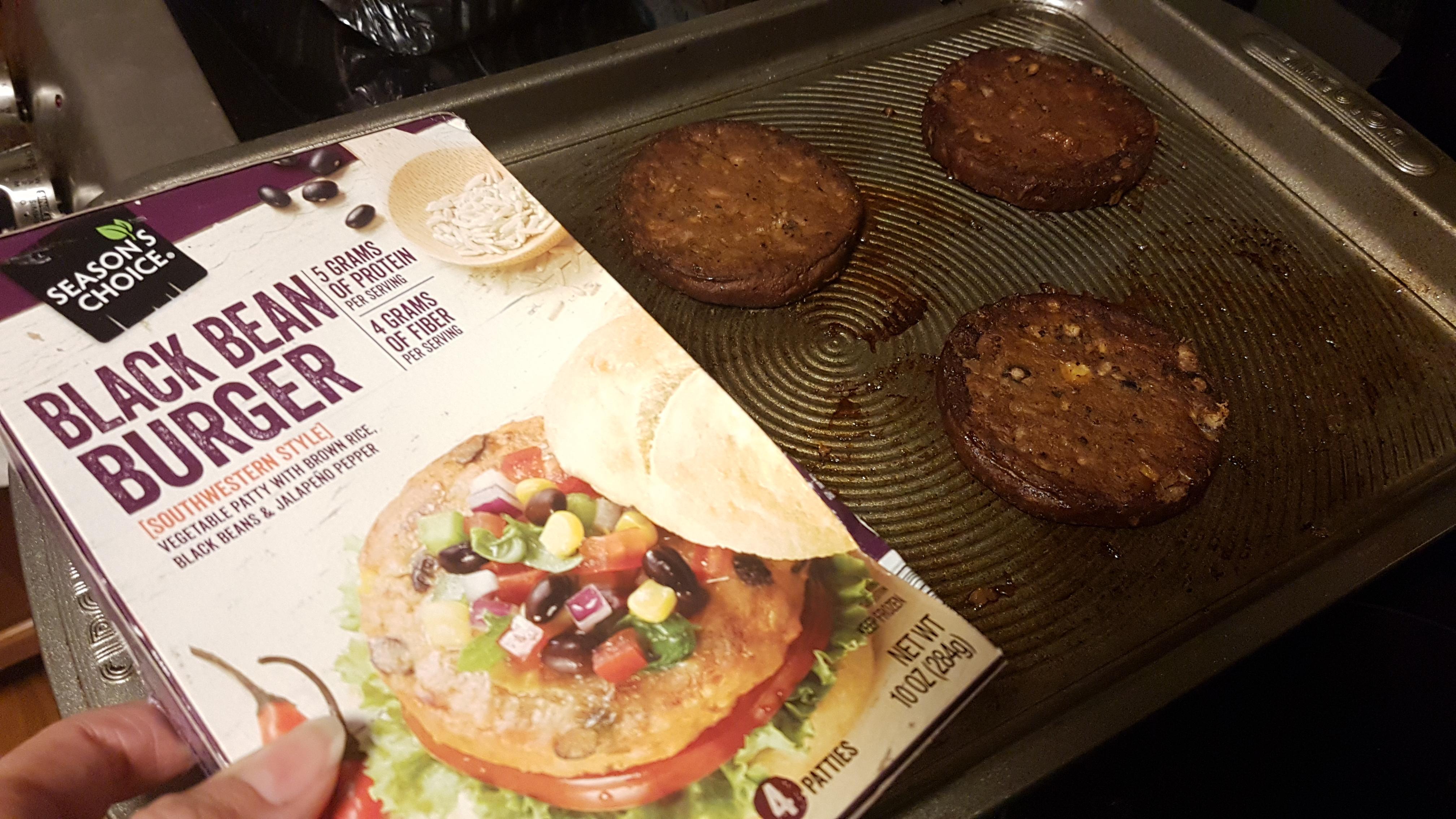 ALDI black bean veggie burgers
