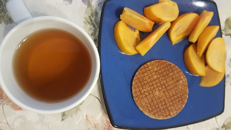 tea time persimmon and stroopwaffel